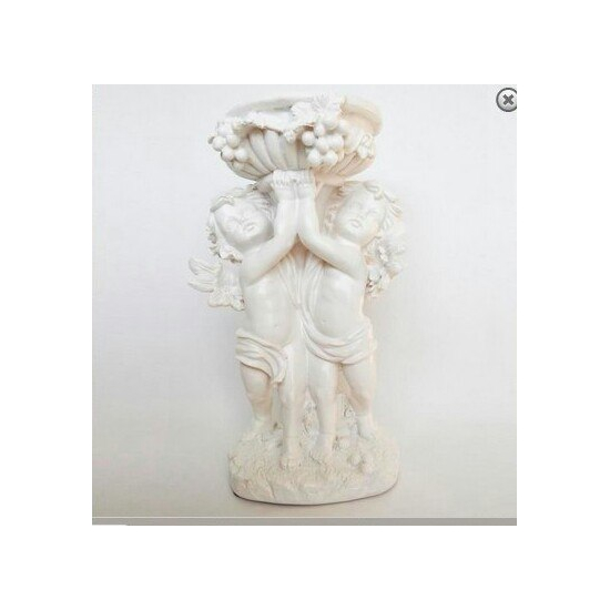 Фигура Ангелы с чашей 19*37 см 7052
